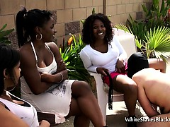 Ebony Babes Receive Oral