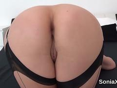 Unfaithful english milf lady sonia reveals her heavy hooters
