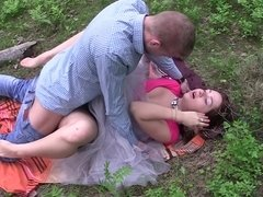 A hot woman is doing a one night stand with a horny dude in the forest