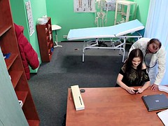 Euro babe pussylicked by the doctor