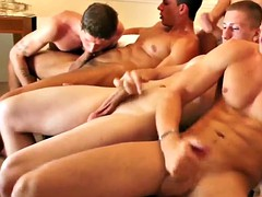 five hot athletes enjoying a cock sucking orgy cum splashing