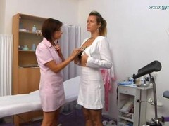 Secretary anal and gyno review by lady doctor with speculum