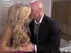 Cheating Wives Double Team Cock