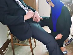 Poor arab girl gives a hot blowjob and fucked