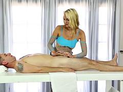 Keira Nicole massaging her client