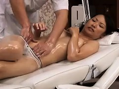 Pigtailed cutie enjoys an erotic massage and delivers a nic