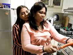 Amateur, Asiático, Japonés, Lesbiana, Madres para coger, Juguetes