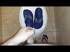 Cum on flip flops find at my GYM
