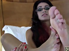 Jerk off to our cute little wiggling toes