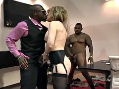 Bussiness womwn Nina Hartley and BBC in suit