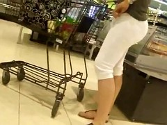 Bunda no mercado 3 - Big Ass - Hidden cam