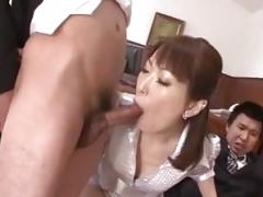 Nonoka Kaede, Asiatic milf, deals two younger cocks