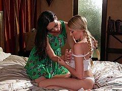 Fille, Lesbienne, Mère que j'aimerais baiser, Maman, Chatte, Rasée, Belle mère, Adolescente
