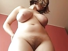 Hairy girls, unshaved pussies and naturally hairy girls