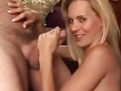 Inexperienced Blonde MILF - Sexy Blowjob and also Cum eruption
