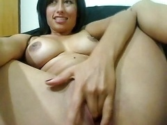 babe wanking to orgasm