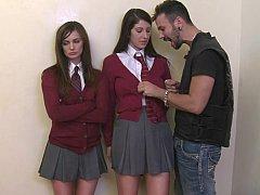 Большие сиськи, Брюнетки, Две девушки, Школьница, Застенчивая, Тощие, Студентка, Тугие