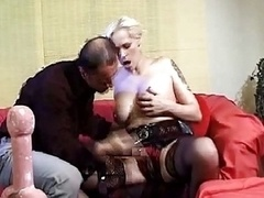 Old Mom i`d like to fuck Blondes Xxx Fis...