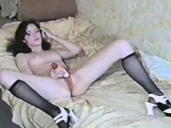 Brunette Eager mom banged in stockings