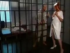 牢屋, 看護婦, 赤毛
