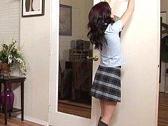 脱衣服, 毛深い, 小柄, 赤毛, 女子高生, スカート, ユニフォーム, スカートのぞき