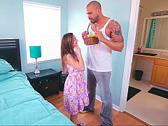 Big muscled guy and a petite cutie