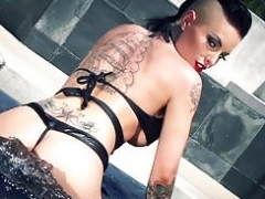 Brazzers - Sizeable Soaked Butts - Soaked and Wild Whooty episode starrin
