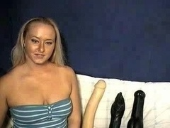 Blonde Tries Sizeable Dildo On Webca...