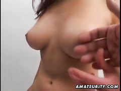 Huge-Chested inexperienced gf deep-throats and pummels in a picture studio