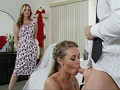 Спальня, Блондинки, Невеста, Платье, Семья, Секс без цензуры, Втроем, Свадьба