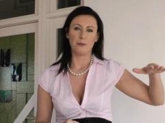 Sappho UK old fingered by euro schoolgirl
