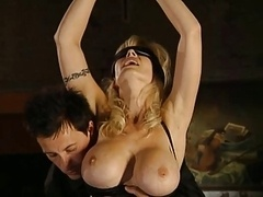 German mature Vivian gets fisted