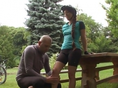 Sweet eurobabe anally pounded outdoors