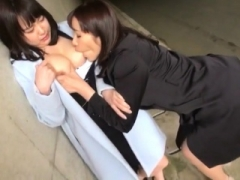Non-pro college lesbians lick vagina in reality sexparty