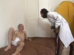 Frans, Verpleegster