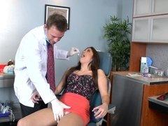 Dentist fucks cute girl Natalie Monroe in her wet pussy