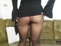 Bibi Fox likes nylons & black pantyhose dildo solo play