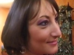 French milf fucked by a duo men
