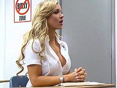 Blonde, Sucer une bite, Mixte, Élève, Se déshabiller, Professeur, Adolescente, Uniforme