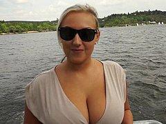 Grote mammen, Blond, Tsjechisch, Europees, Geld, Natuurlijk, Gezichtspunt, Realiteit