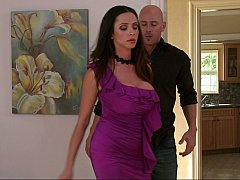 Ariella decides to teach Johnny a lesson