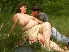 Gorda, Sucio, Al aire libre