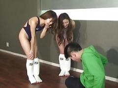 着衣女と全裸男, フェムドム, 日本人
