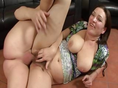 Hot mom i`d like to fuck with bushy pussy!