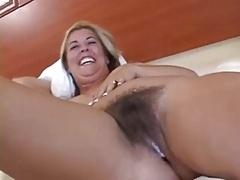 Семяизвержение, Межрасовый секс, Мамочка