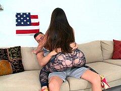 Amerikaans, Kont, Grote kont, Pijpbeurt, Bruinharig, Moeder die ik wil neuken, Rijden, Zuigen