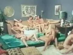 Desnudo, Boda