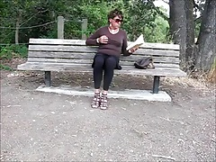 Hispanic CD wanks in the park
