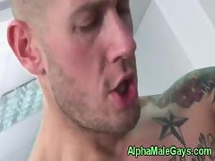 Muscular hunks fuck and cum together