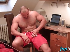 Muscular dude Tom enjoys stroking his meaty tool